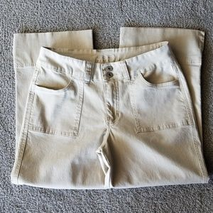 Jag Woman's Stretch Crop Jeans size 10.